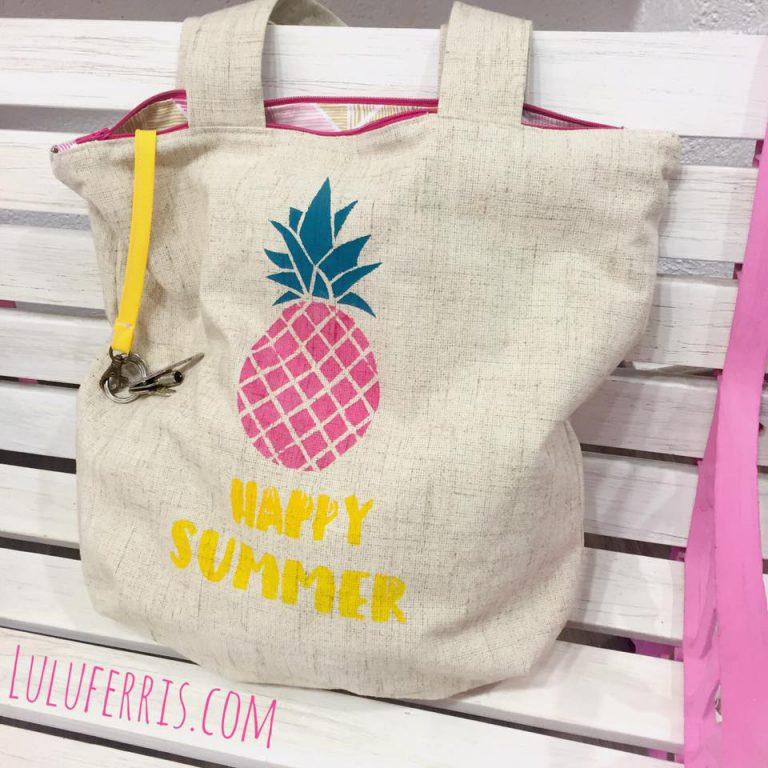 Bolso de verano con stencil de piña