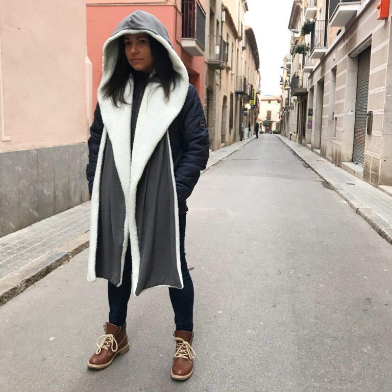 Bufanda con capucha forrada de borreguito