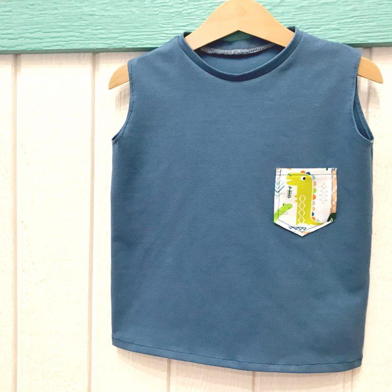 Camiseta de niño sin mangas y con bolsillo (unisex)