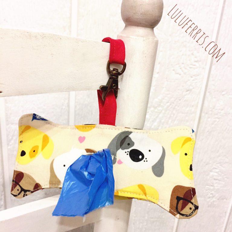 Dispensador de bolsas para perros con mosquetón
