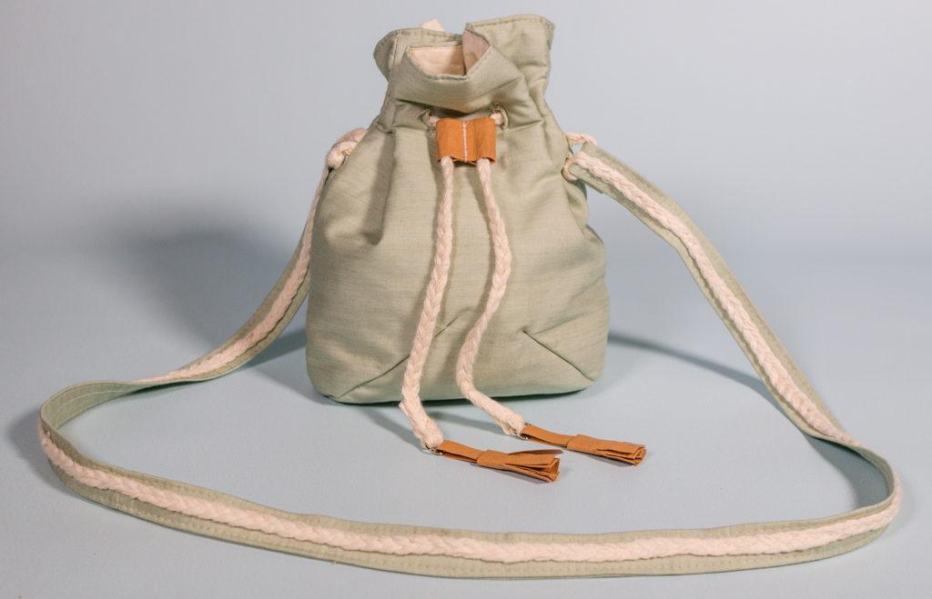 hacer un bolso con máquina de coser bombonera
