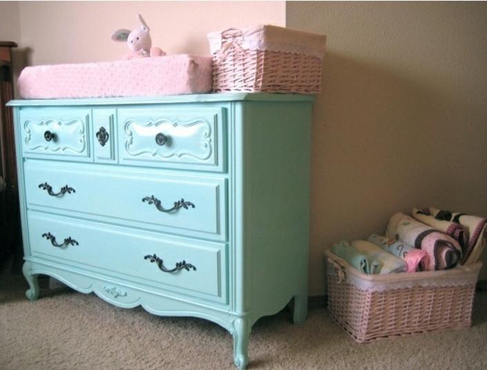 Objetos vintage para la habitaci n del beb - Como tasar muebles antiguos ...