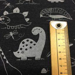 lillestoff-jeans-dino-detalle-print-medida-dino-punto-organico-lulu-ferris