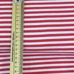 telas a rayas blancas y rojas